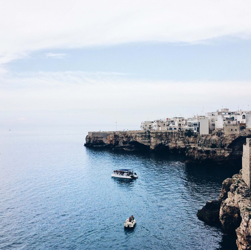 Vista del mare di Polignano