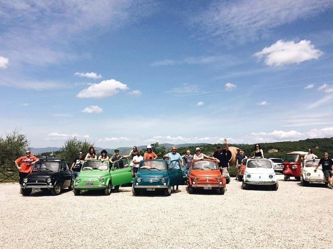 Tour del Chianti in 500 foto di gruppo