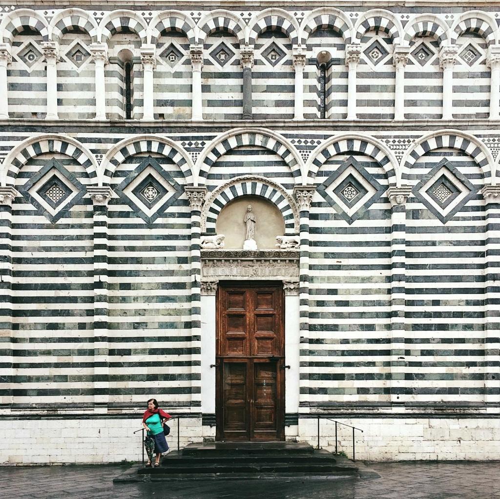 Le chiese zebrate di Pistoia: la città a strisce bianche e nere ...