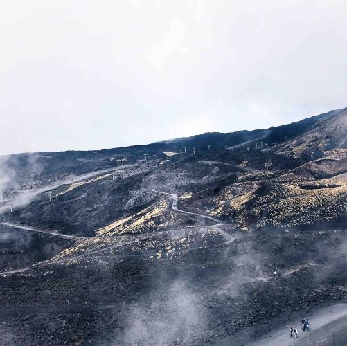 Escursione sull'Etna: vista dal cratere superiore