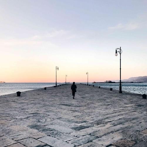 10 luoghi speciali a Trieste: Molo Audace all'alba
