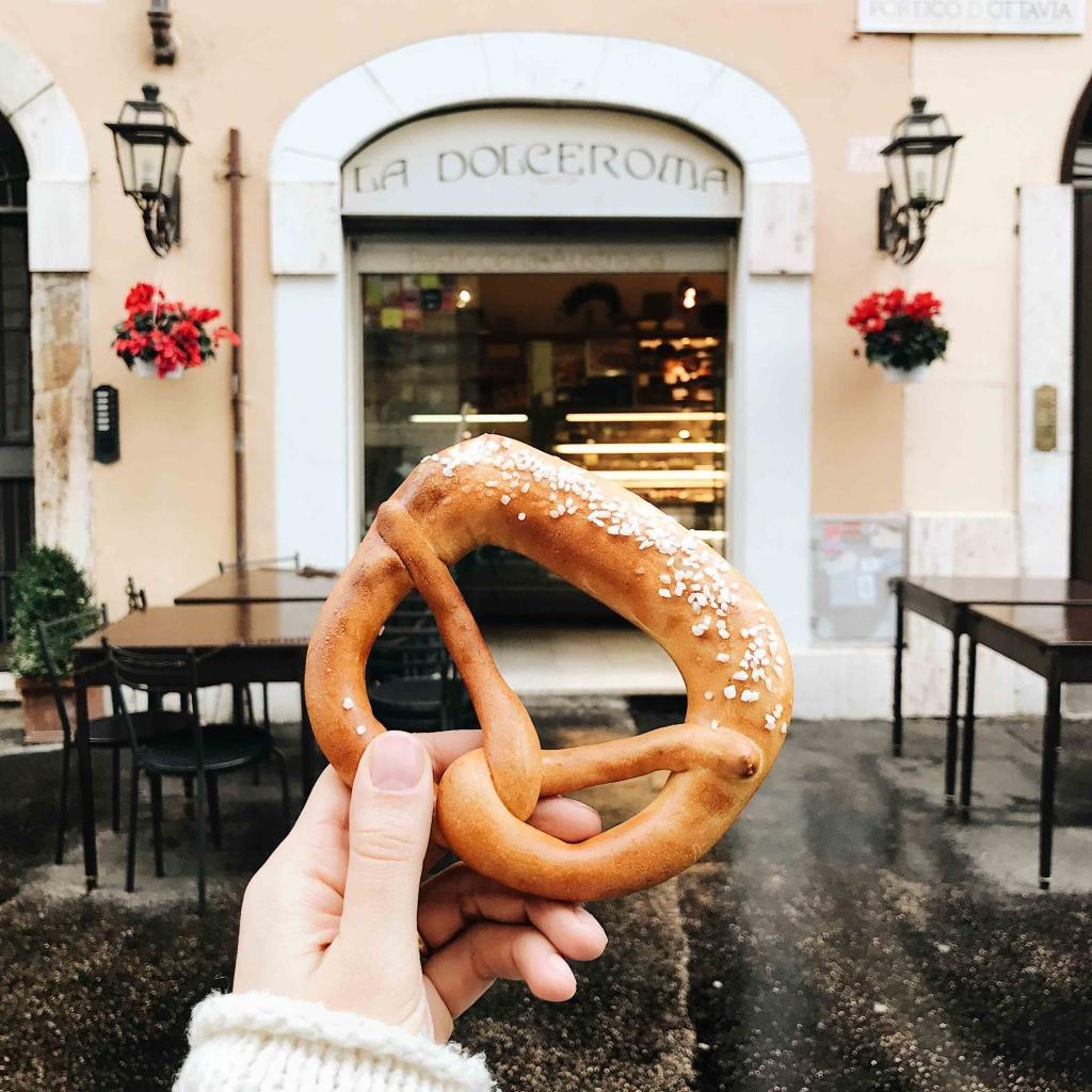 Ghetto ebraico di Roma: pasticceria austriaca Dolceroma