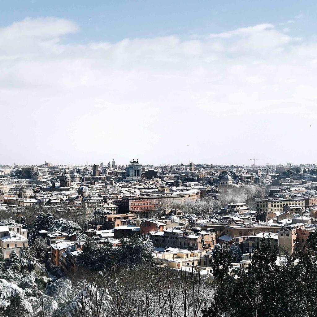 Neve a Roma: panorama dal Gianicolo