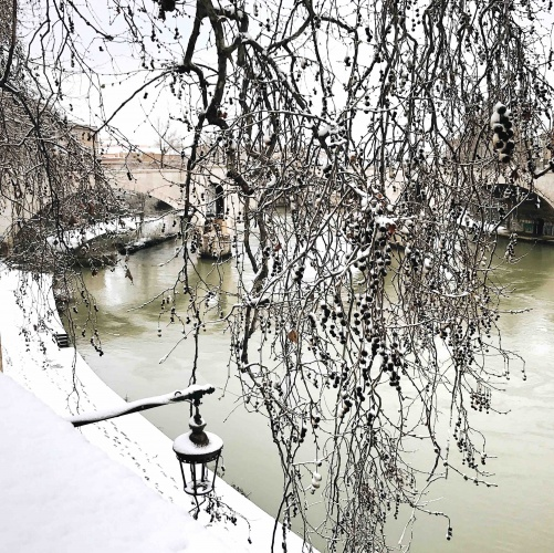 Neve a Roma: il Lungotevere