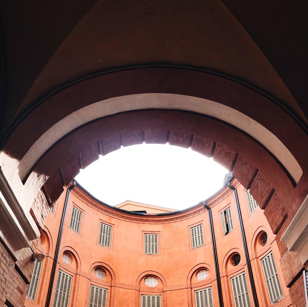 Ferrara in un giorno: la Rotonda del teatro Comunale