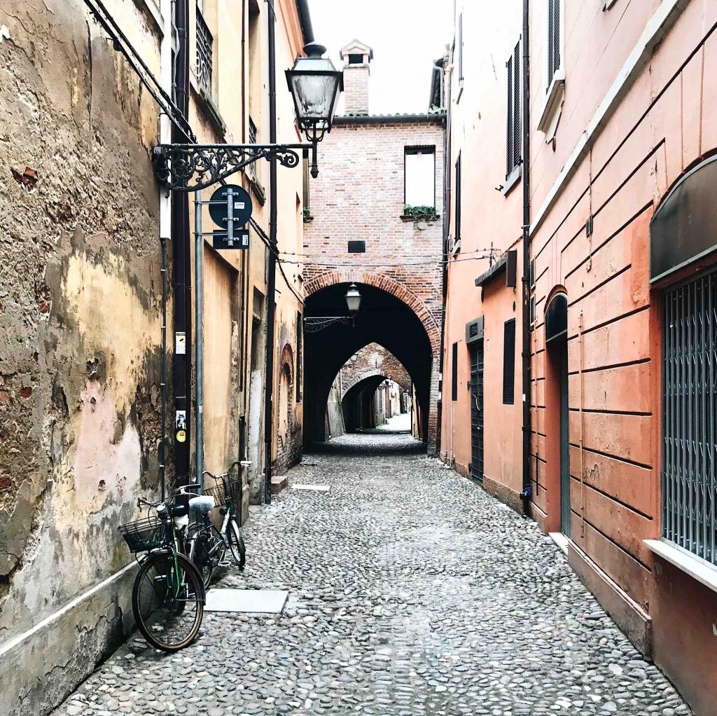 Ferrara in un giorno: Via delle Volte