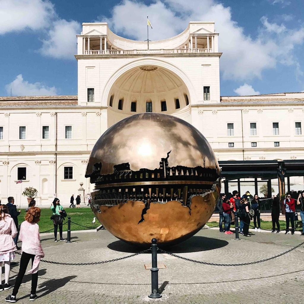 Visita ai Musei Vaticani: Sfera di Pomodoro