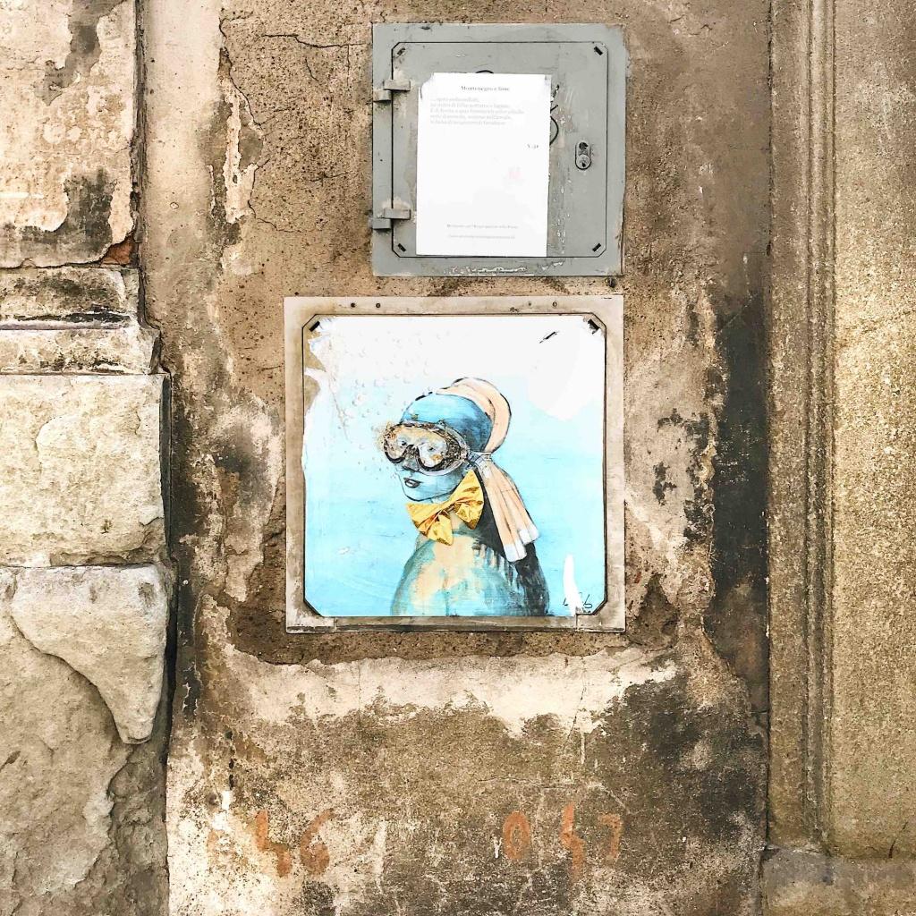 Street Art a Firenze: Blub, ragazza col turbante