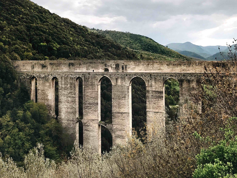 I borghi dell'Umbria: il Ponte delle Torri a Spoleto