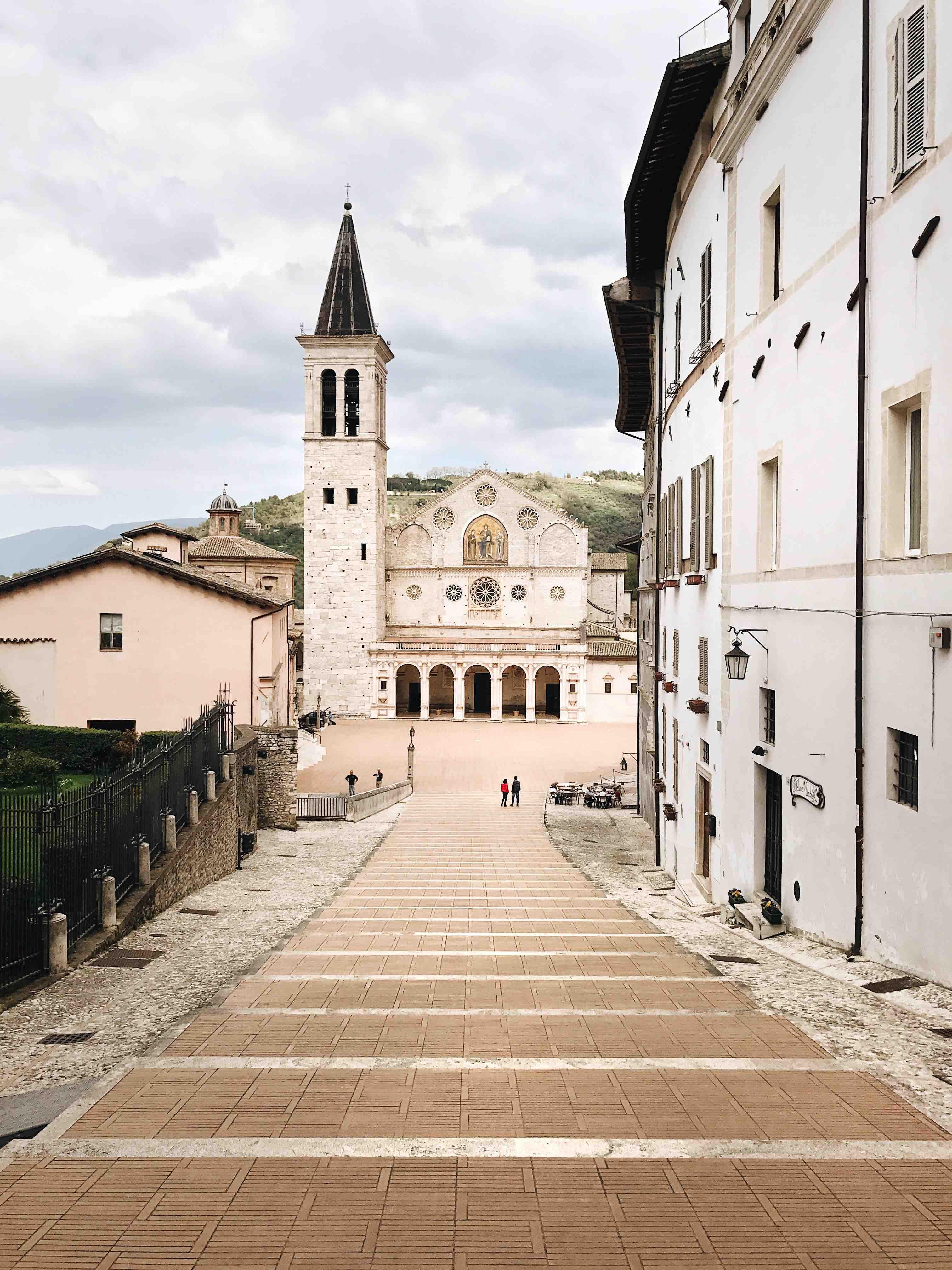 I borghi dell'Umbria: il duomo di Spoleto