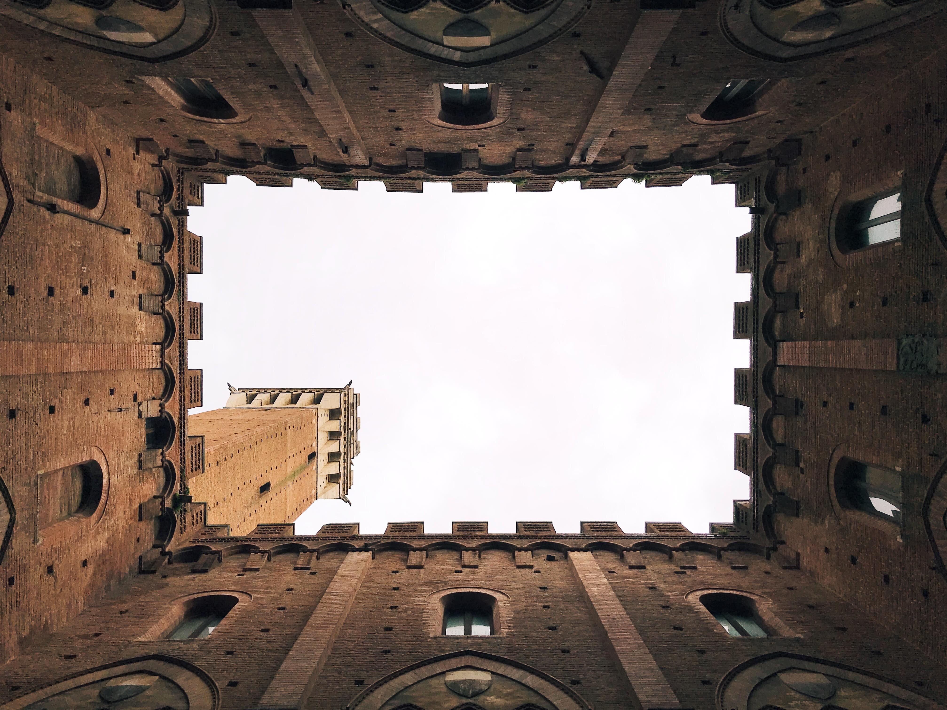 I luoghi più belli della Toscana: il Palazzo Comunale di Siena