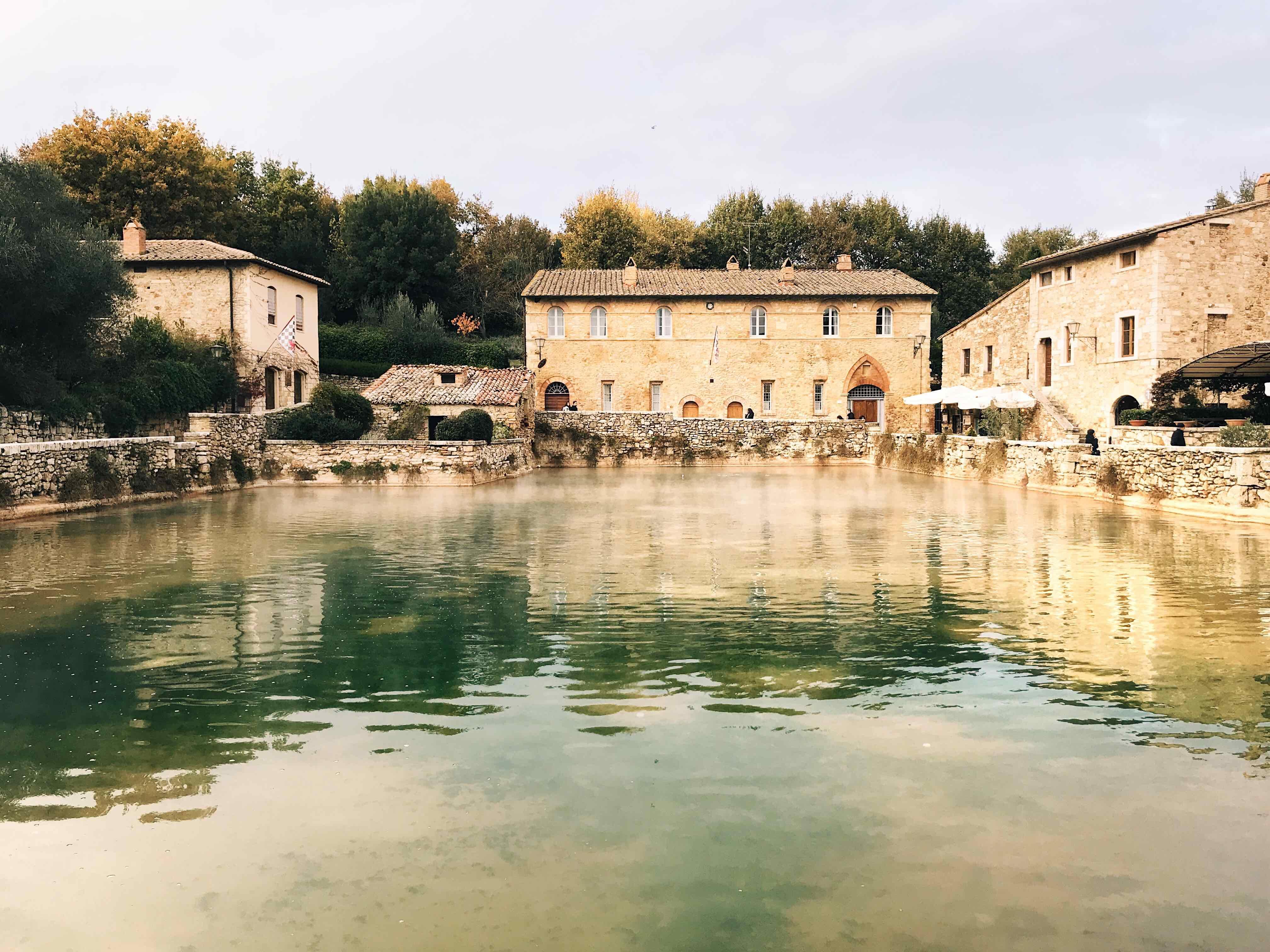 Visita ai luoghi più belli della Toscana: Bagno Vignoni