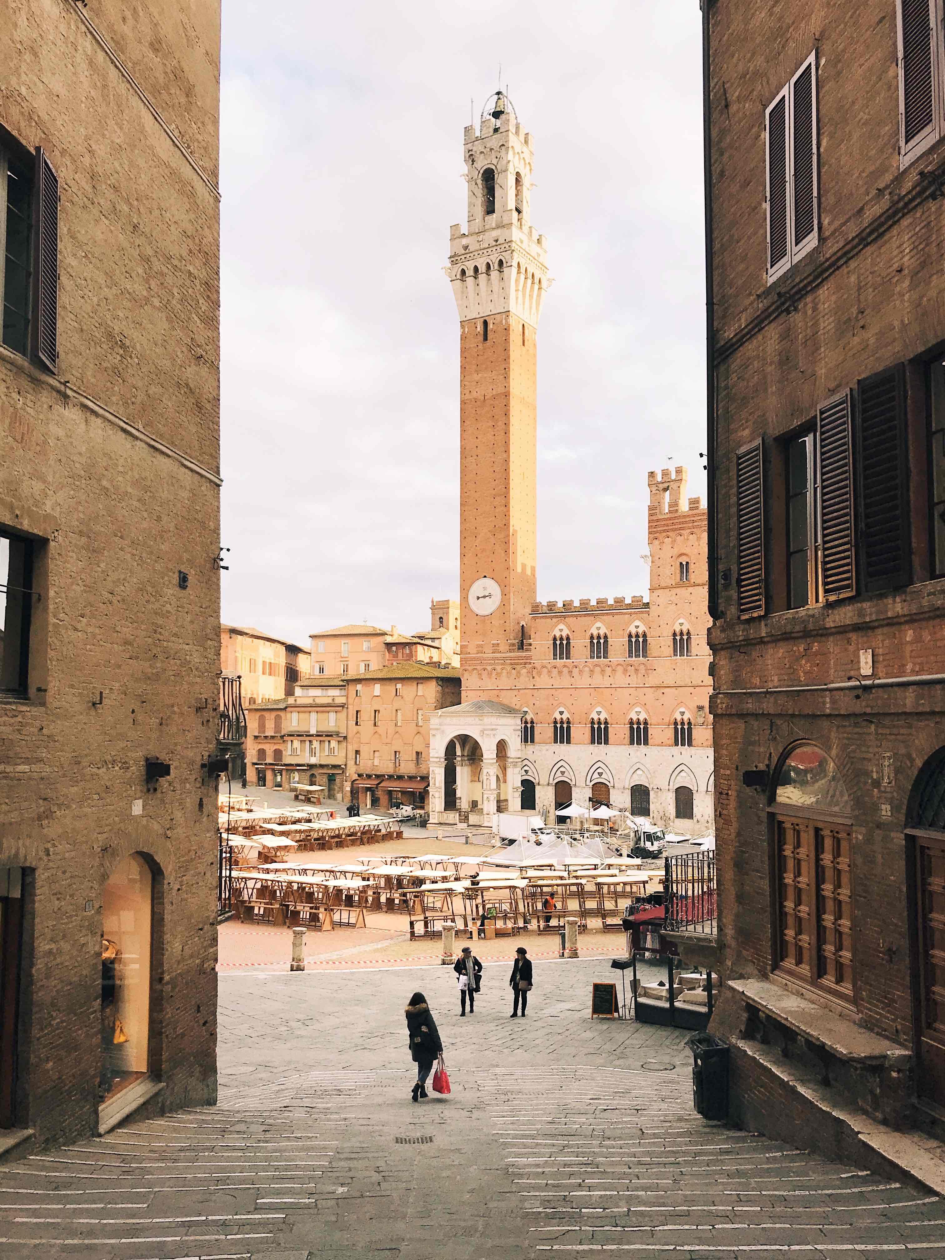 I luoghi più belli della Toscana: Piazza del Campo