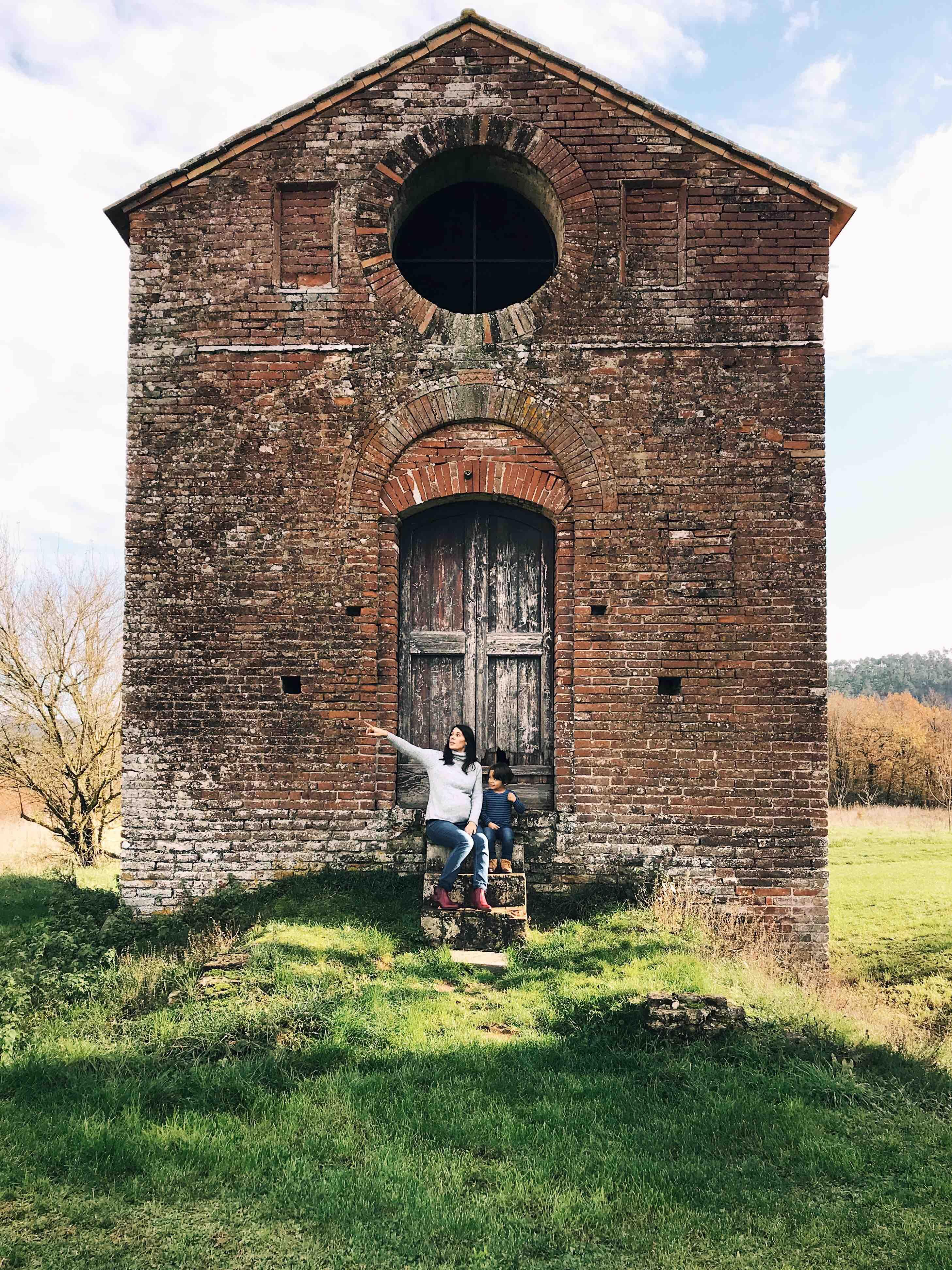 Vicino all'abbazia di San Galgano