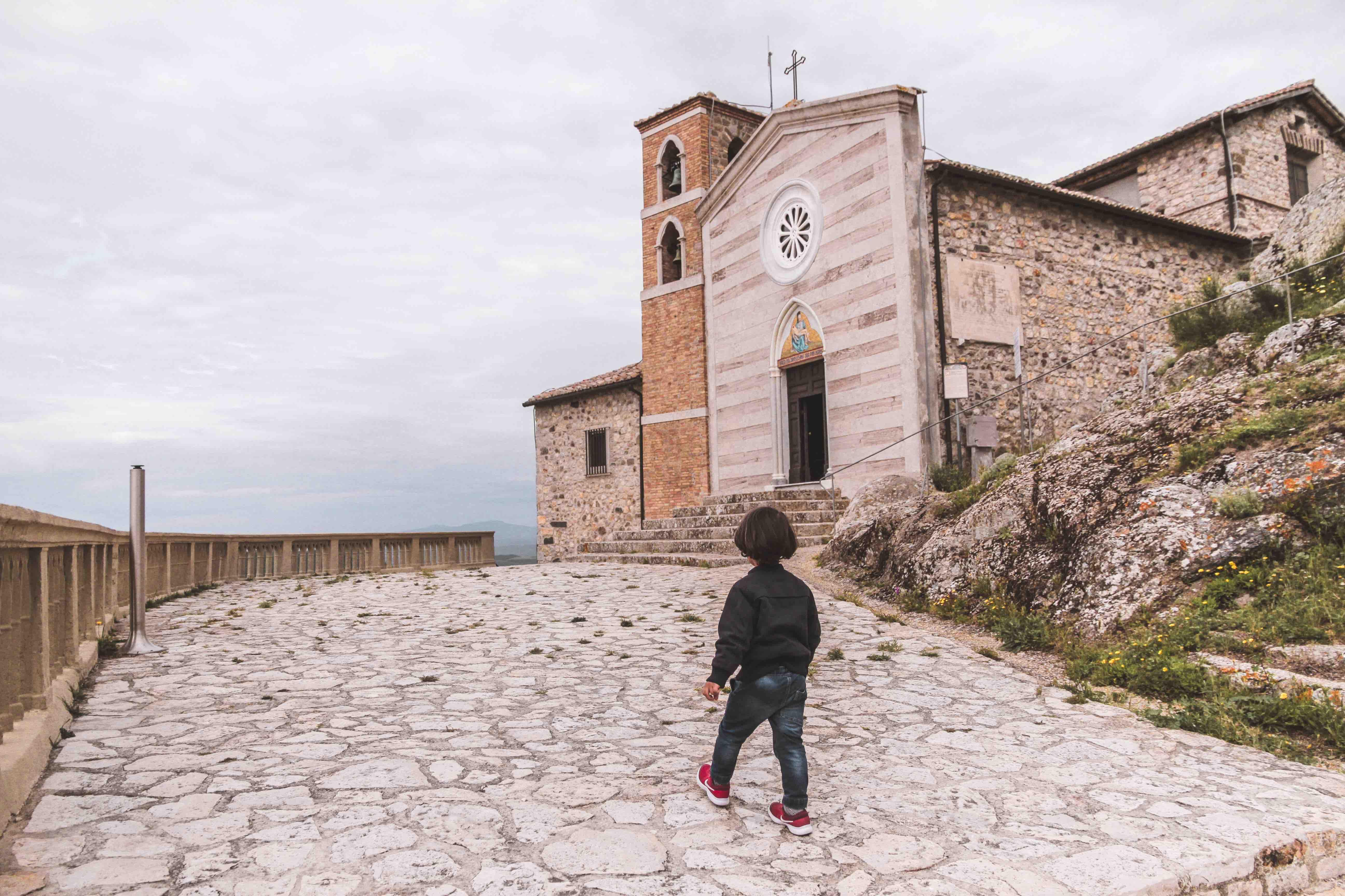 Santuario Madonna della Rocca a Tolfa
