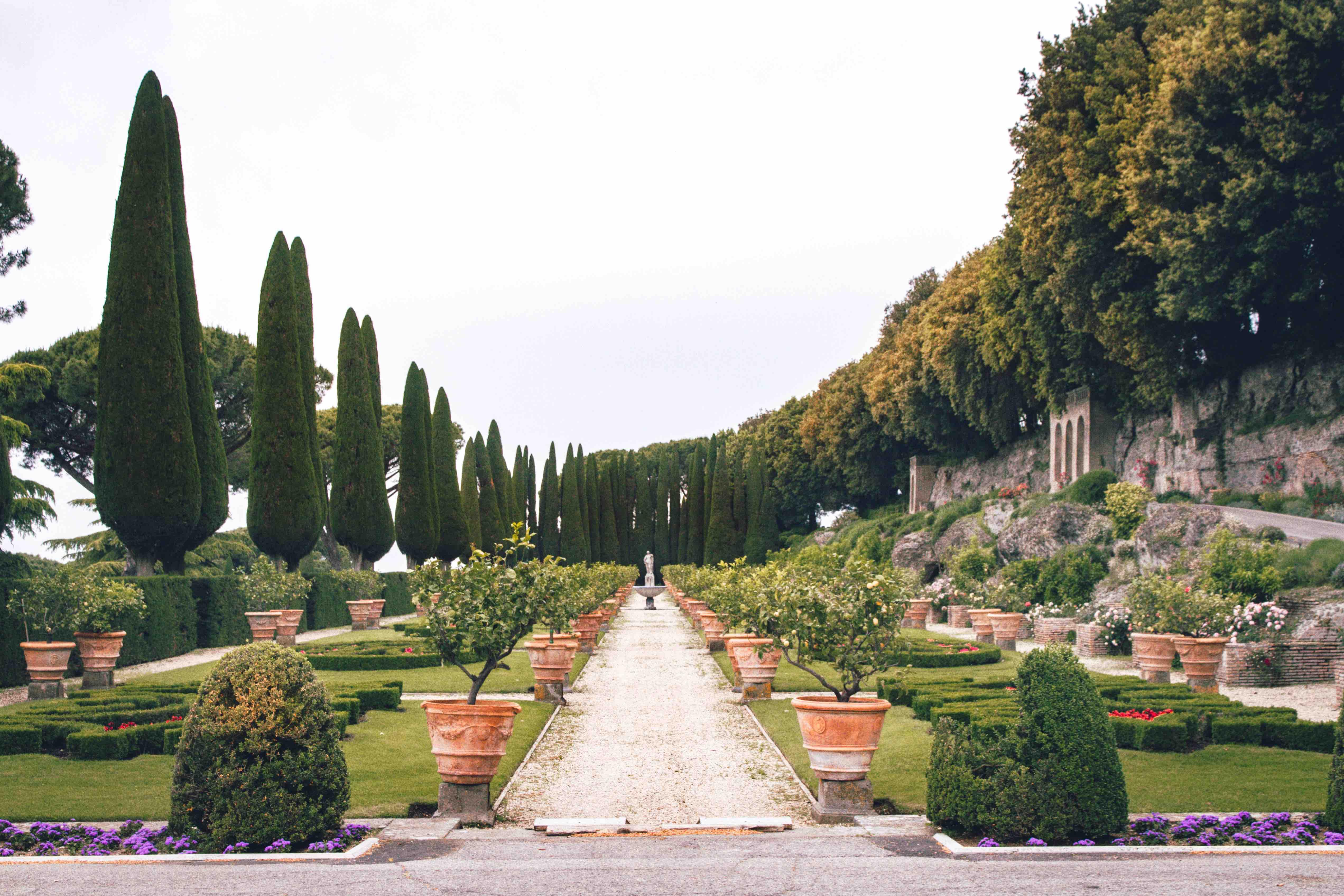 Cosa vedere ai Castelli Romani: giardino all'italiana Villa Barberini