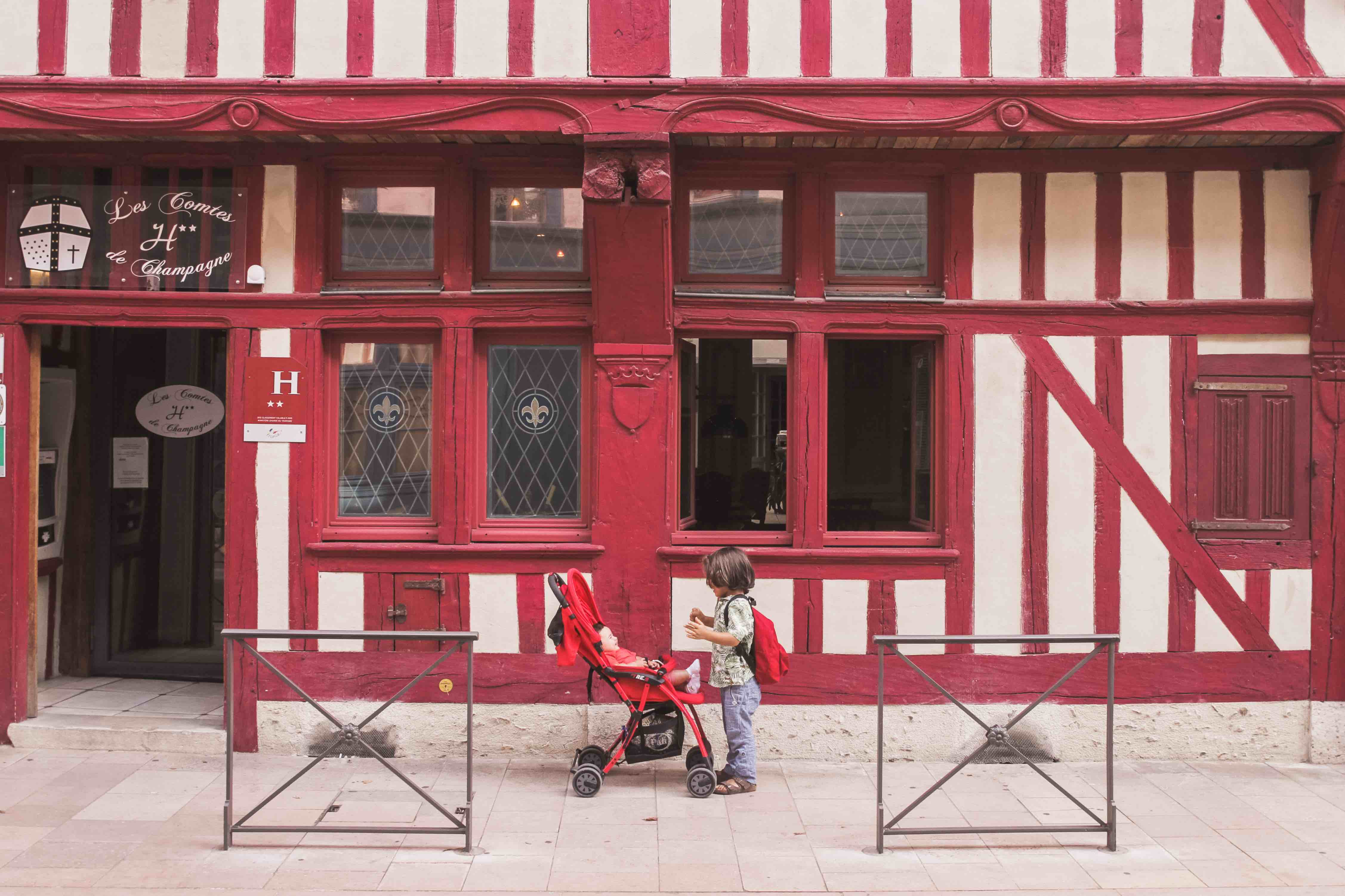 Dall'Italia all'Olanda in macchina: tappa a Troyes
