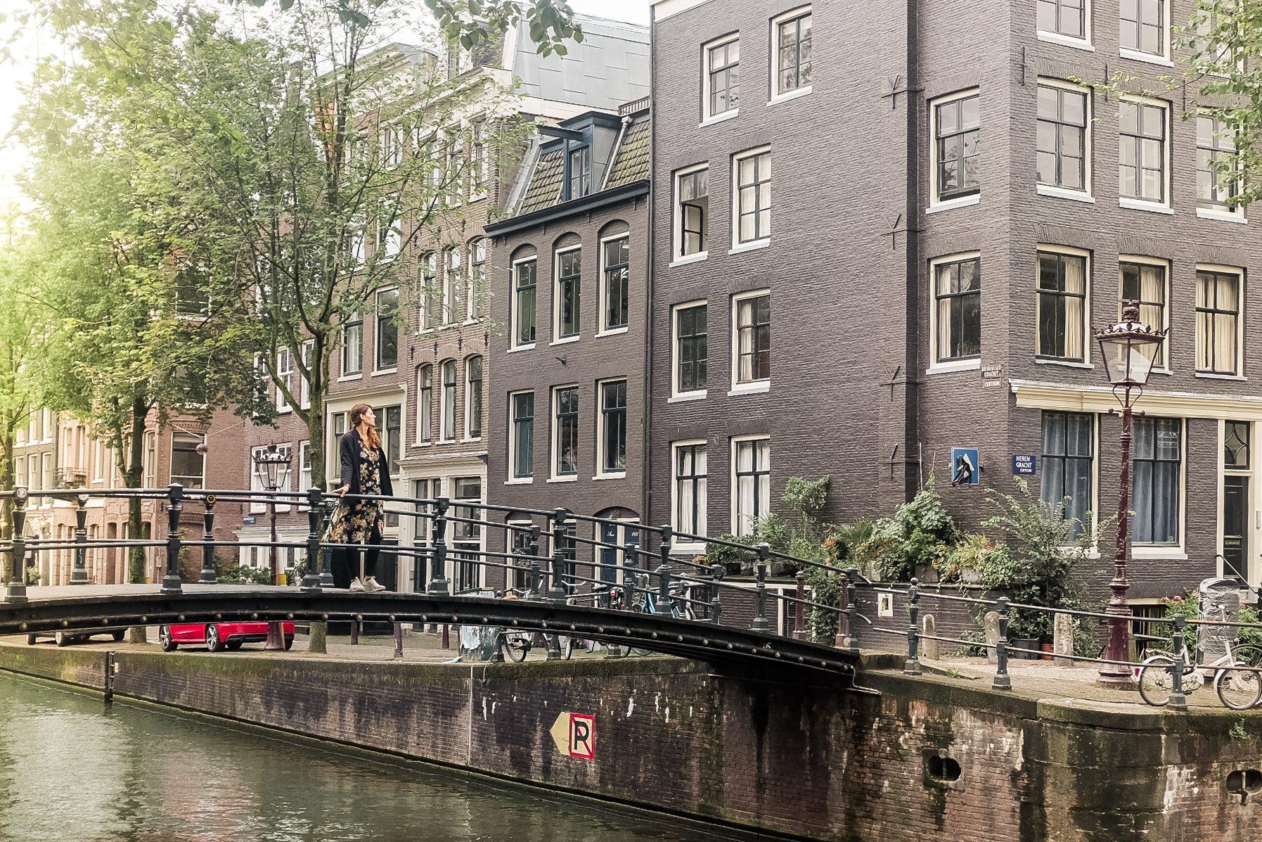 29 cose da vedere ad Amsterdam: passeggiata tra i canali
