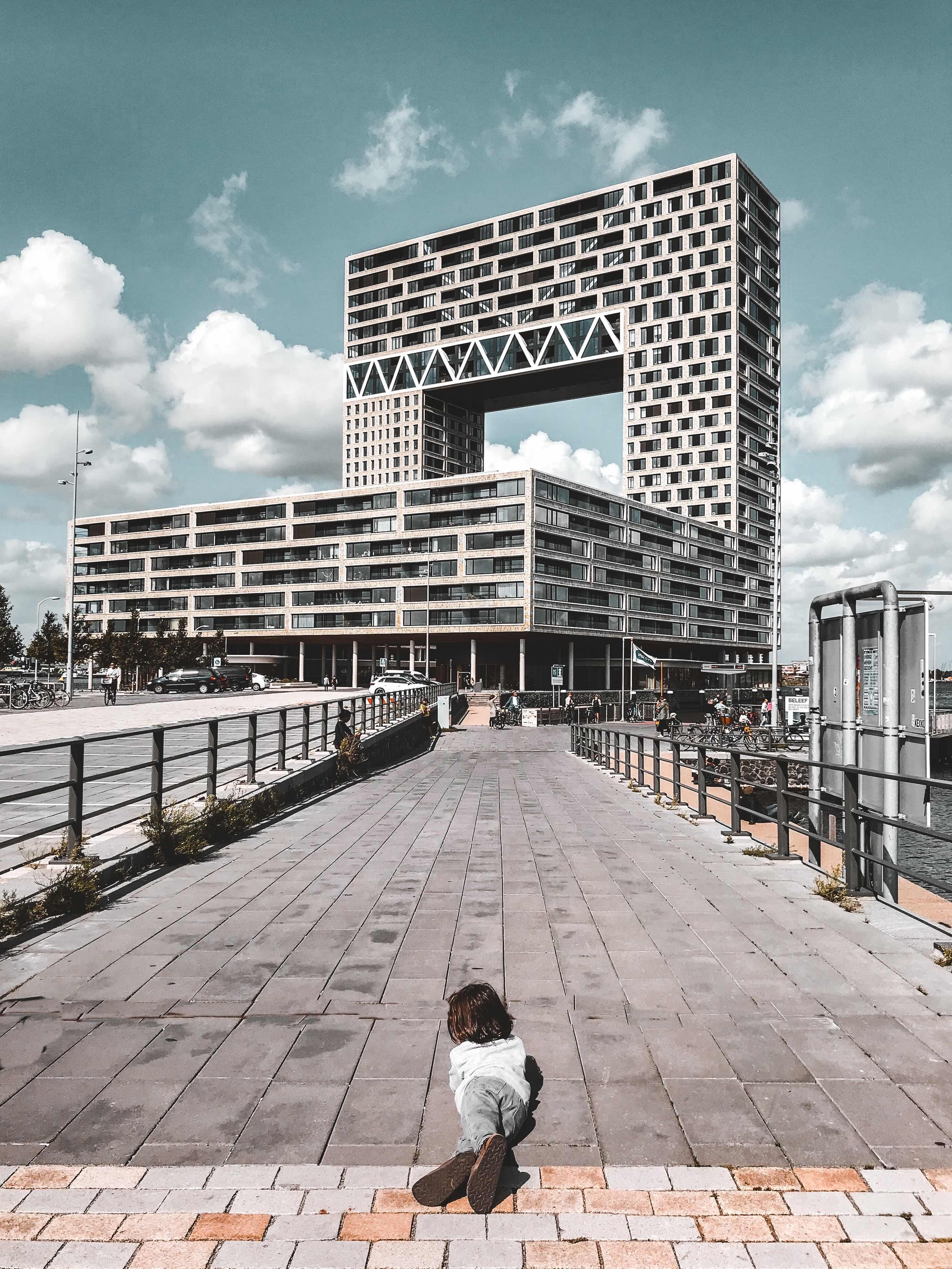 29 cose da vedere ad Amsterdam: Pontsteiger edificio quadrato