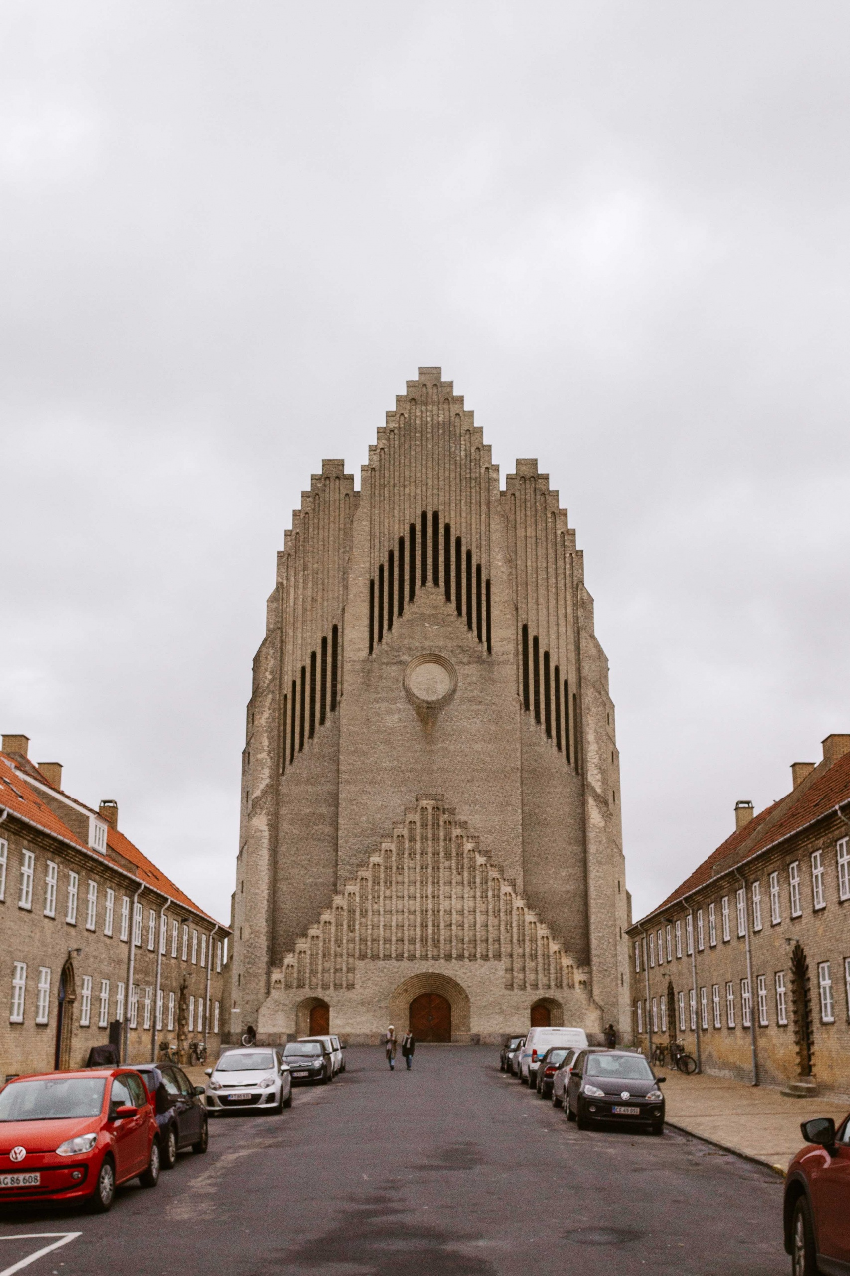 Chiesa con facciata simile ad un organo