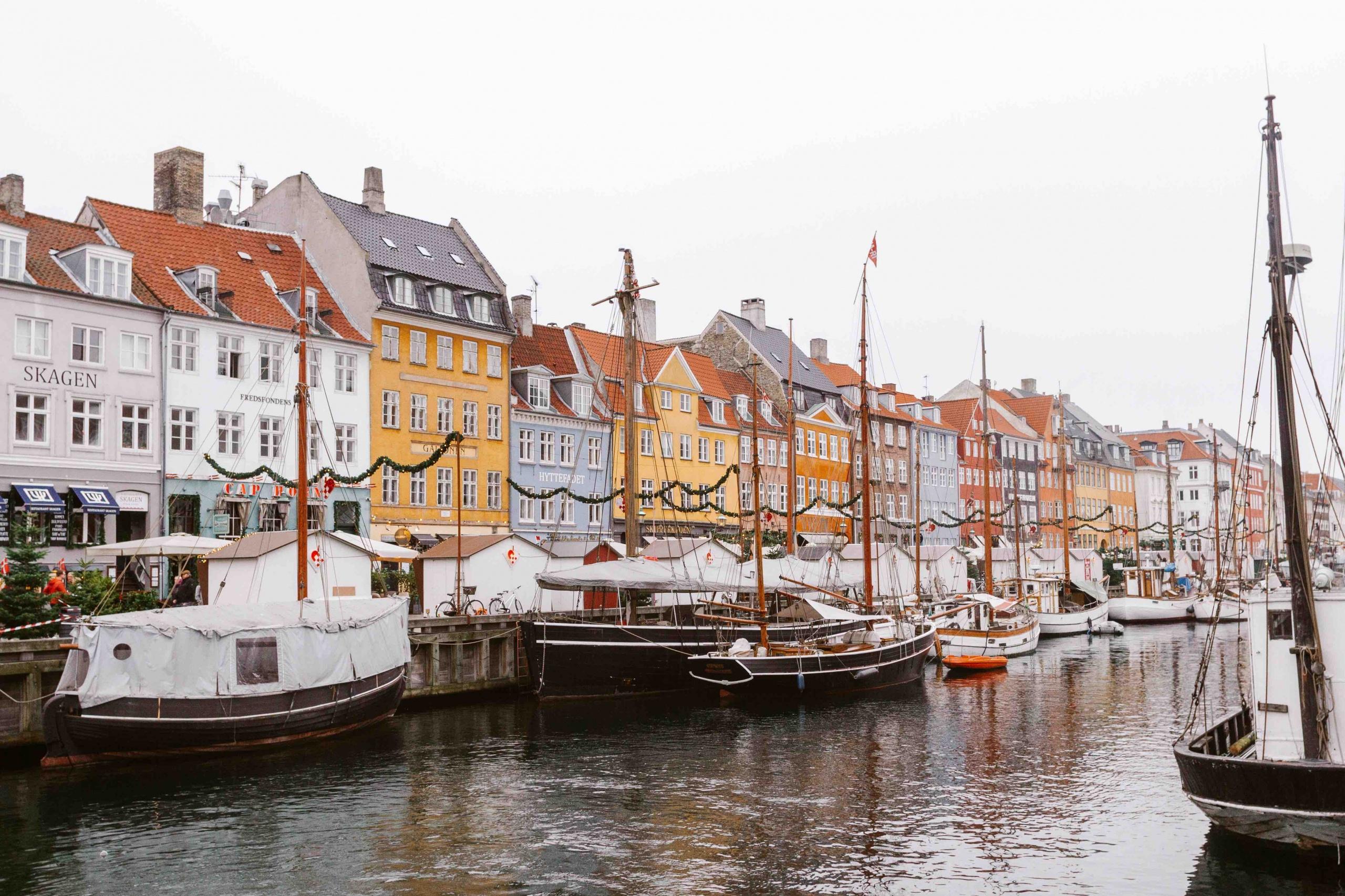 Casette colorate sul canale Nyhavn di Copenhagen
