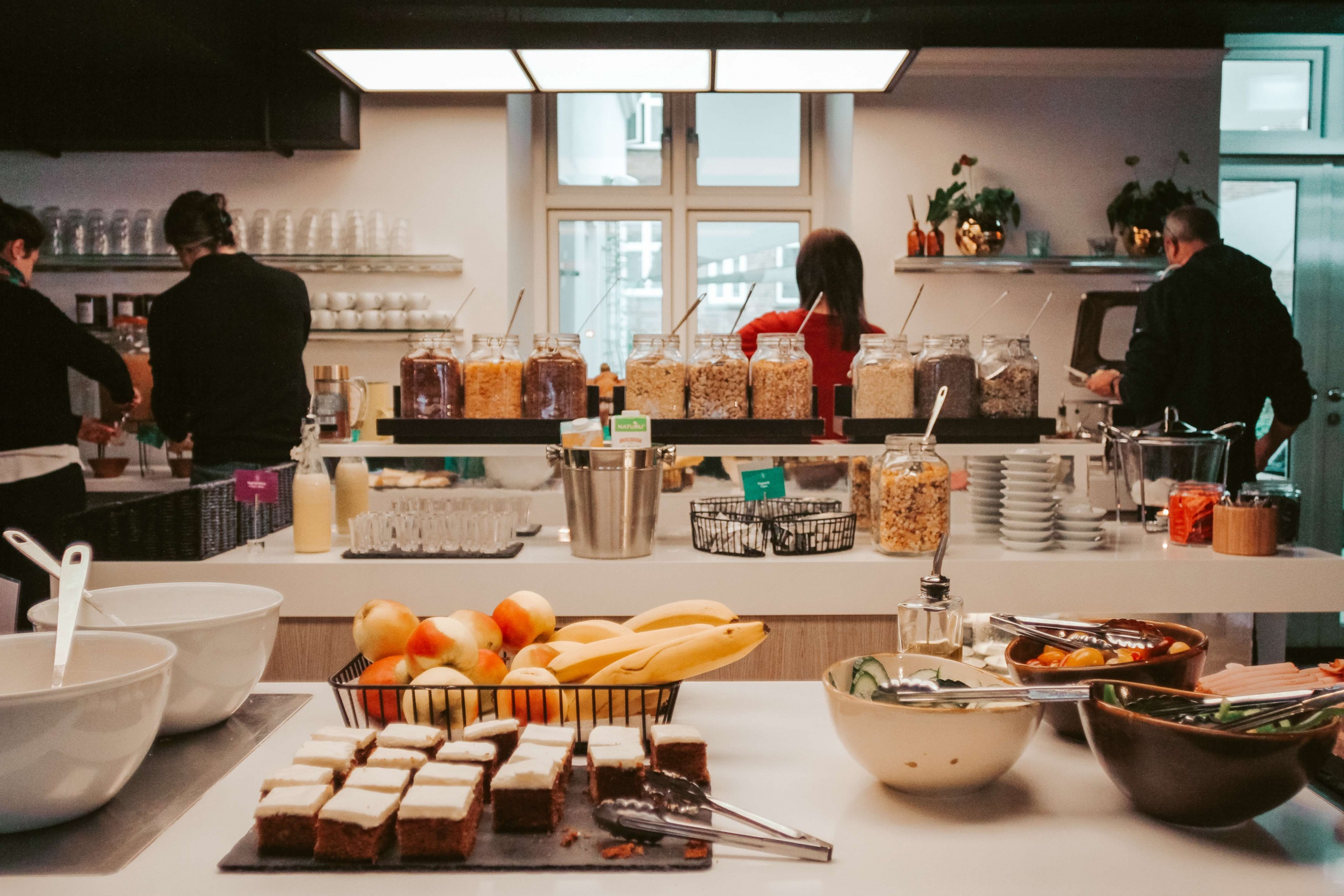 Absalon Hotel sala colazione con prodotti tipici