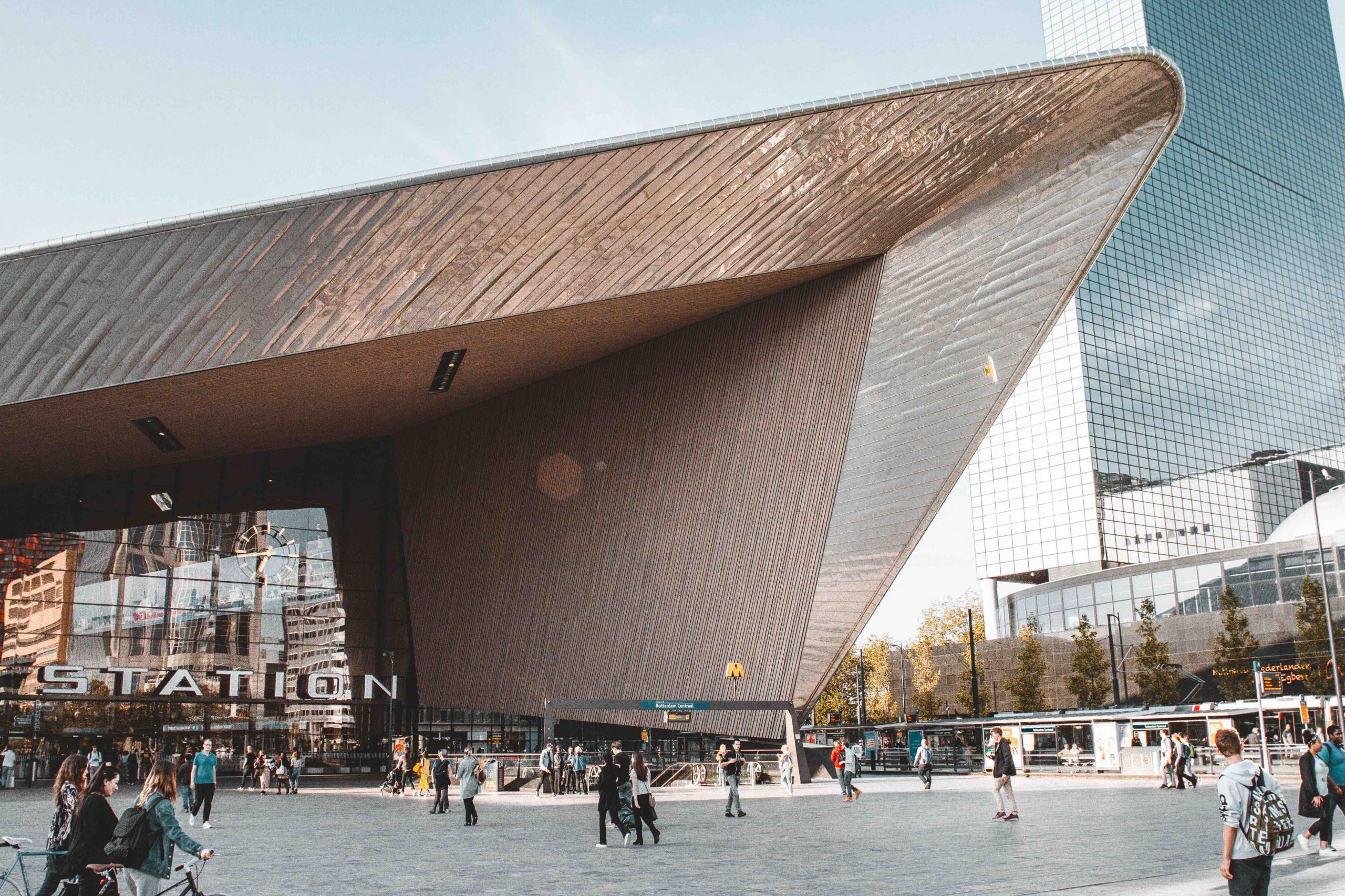 itinerario architettonico di Rotterdam: la stazione centrale