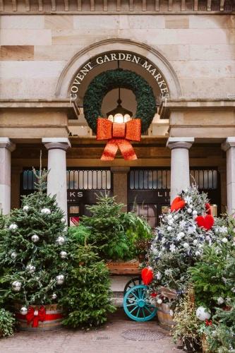 Alberi di Natale a Covent Garden