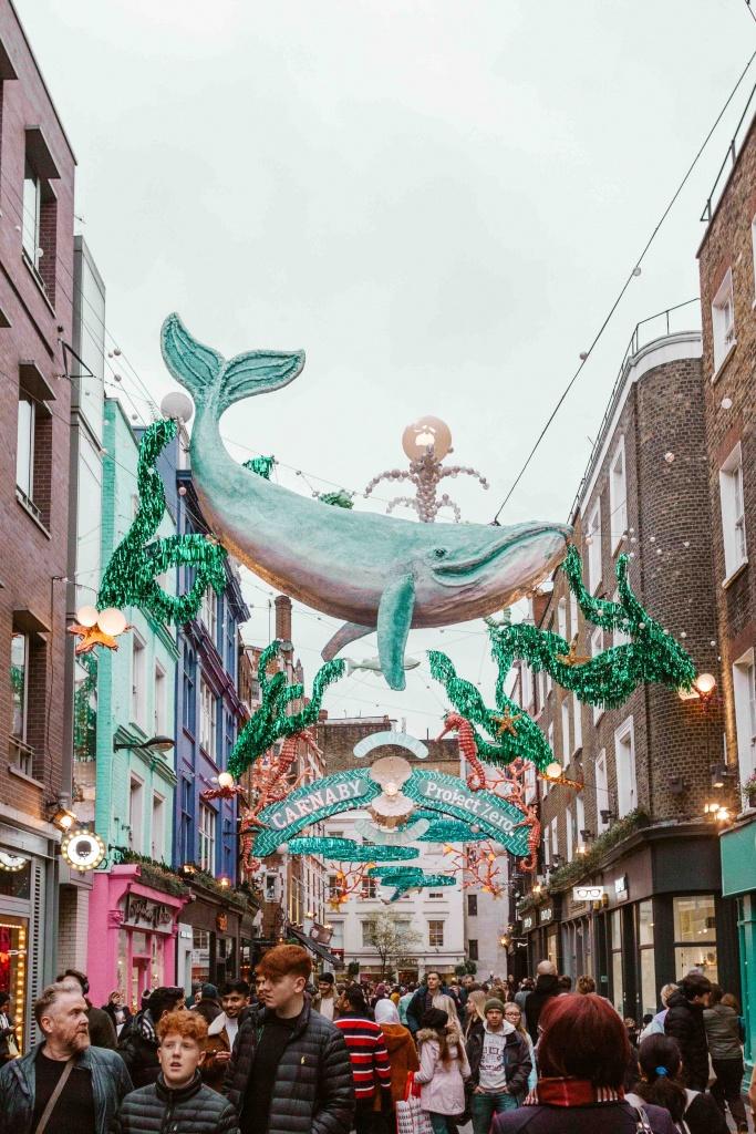 Decorazioni natalizie a Carnaby Street
