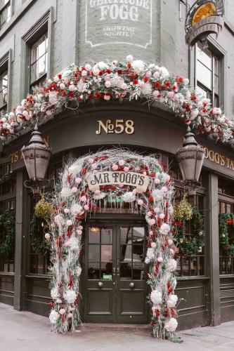 Natale a Londra: decorazioni di Natale entrata pub