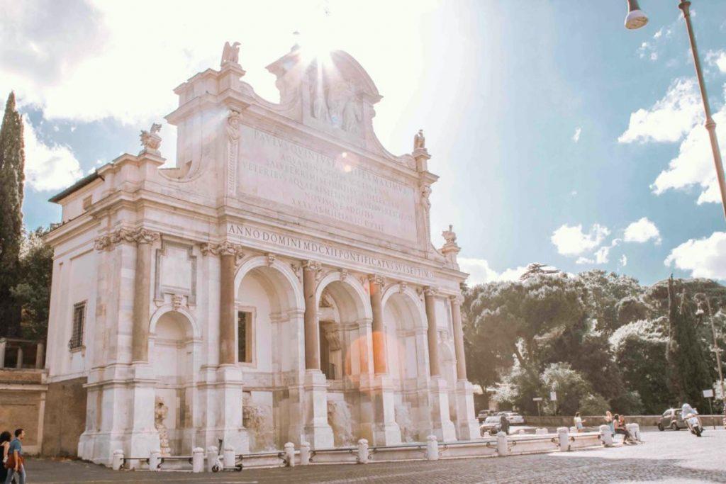 cosa fare a roma visita alla fontana dell'acqua paola