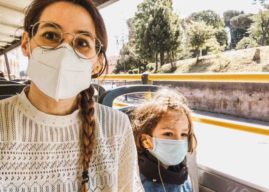 tour panoramico di Rpma sull autobus a due piani con mascherina obbligatoria