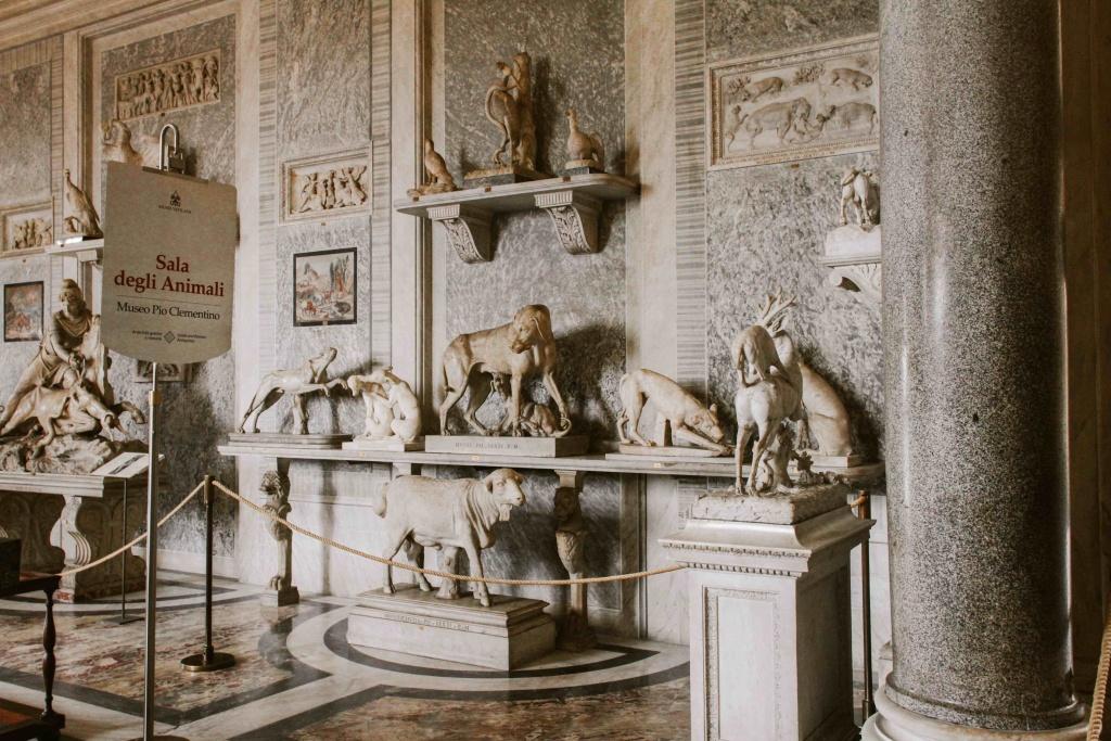 sala degli animali ai musei vaticani
