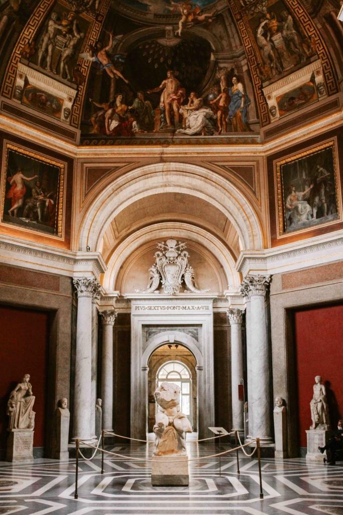 cosa vedere ai musei vaticani la sala delle muse con il torso del belvedere