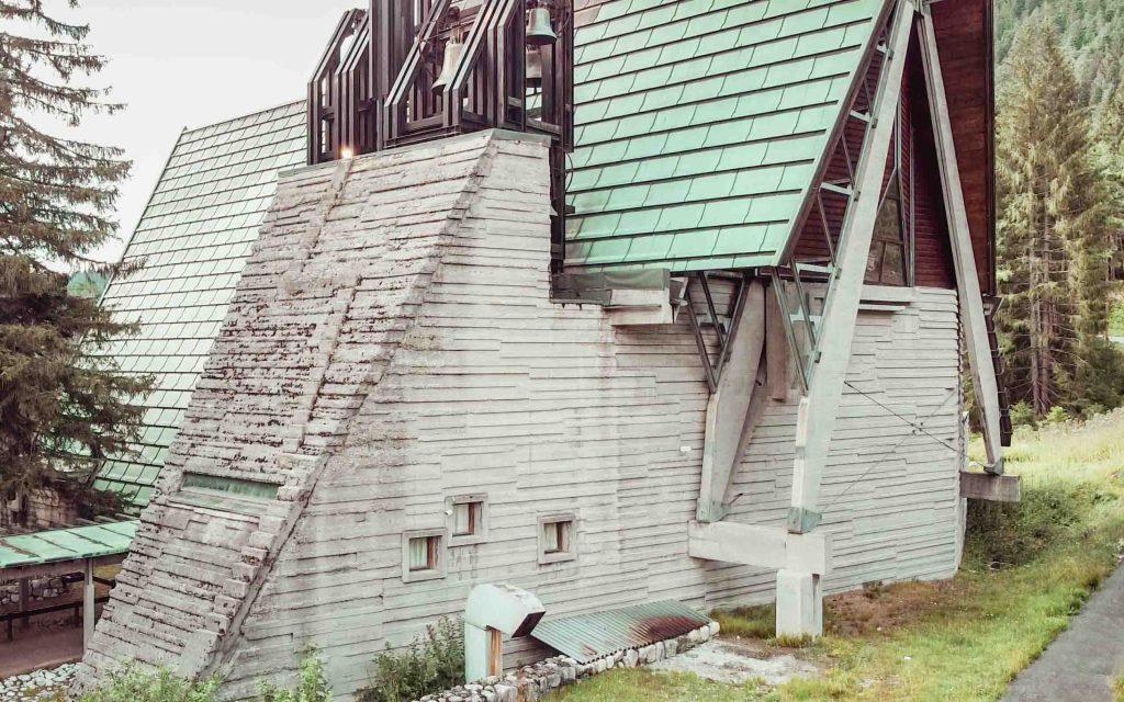 chiesa villaggio eni a borca di cadore