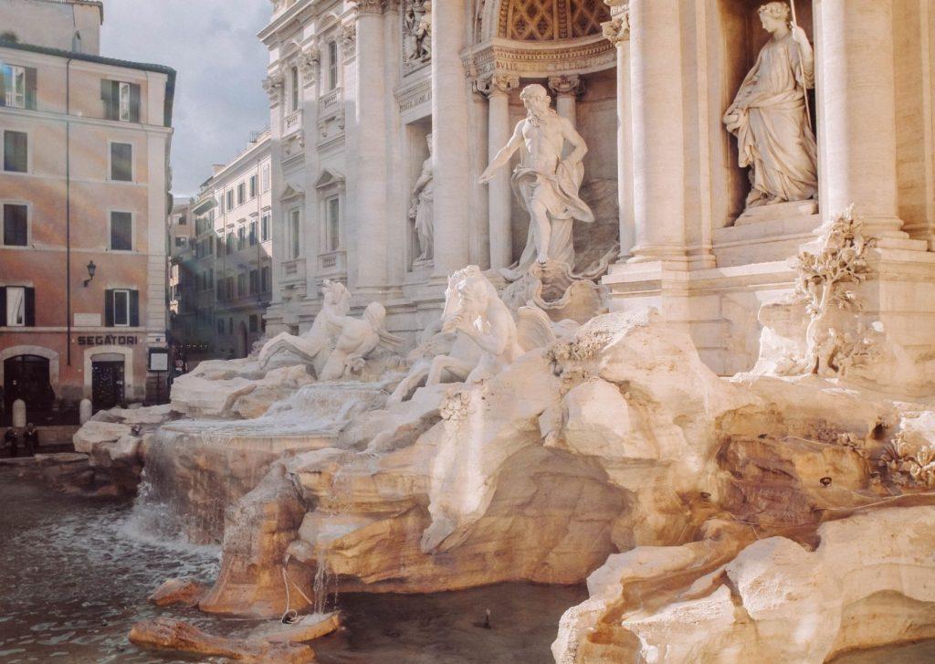 piazza della fontana di trevi