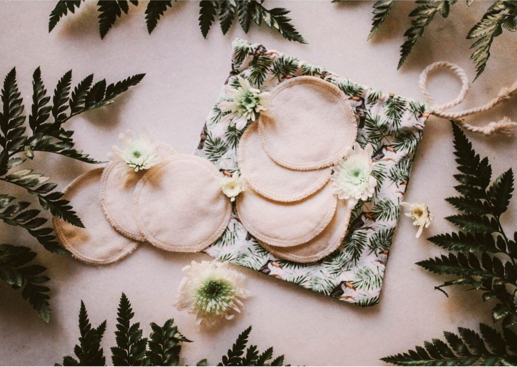 prodotti sostenibili: discetti di cotone struccanti
