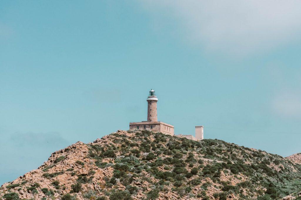 Cosa vedere in Sardegna: il Faro di Capo Sandalo