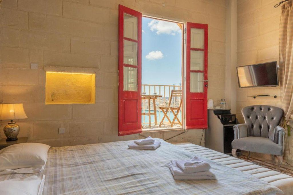 hotel con vista mare a malta