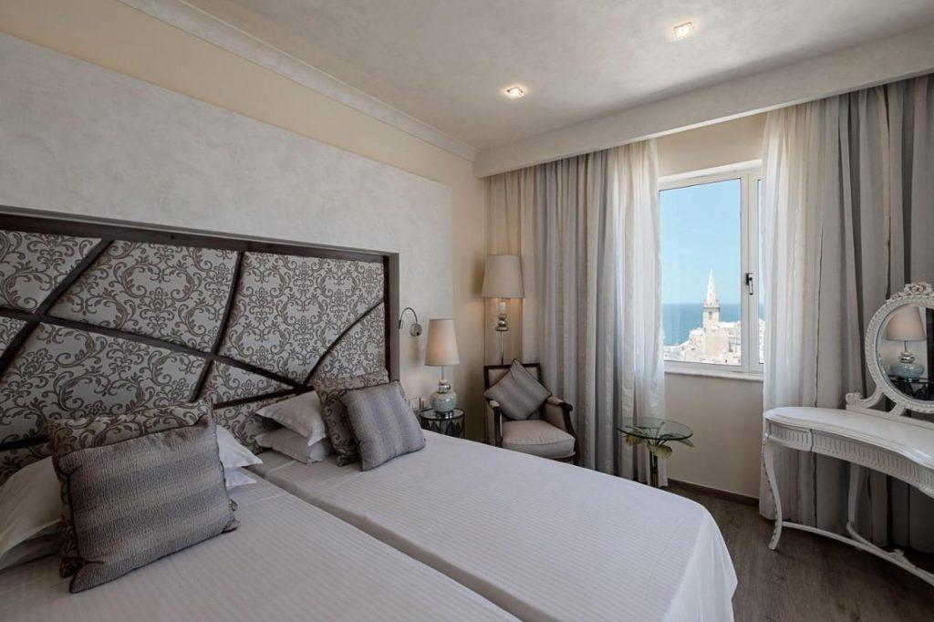 camera albergo a la valletta malta